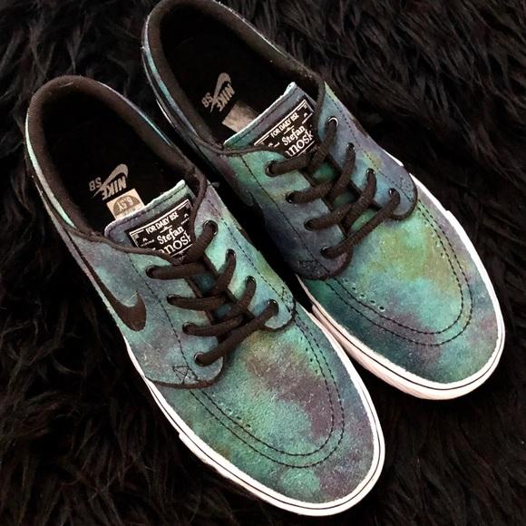 b14df6bc695a Nike Zoom Stefan Janoski Tie Dye Skate Shoe